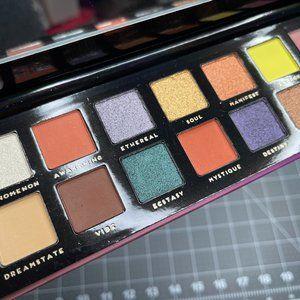 Bad Habit Aura Eyeshadow Palette - Brand New